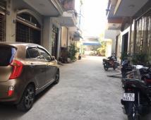 Bán nhà 3 tầng trong ngõ 897 Tôn Đức Thắng, gần ngã Tư Metro