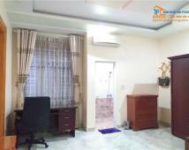 Bán nhà 3 tầng Phạm Huy Thông, giá 3,6 tỷ. LH: Mss bé 0906003186