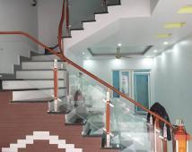 Bán nhà 3,5 tầng độc lập 67m2 sân cổng riêng tại Quán Nam, Lê Chân, hướng Nam 2,7 tỷ