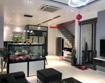 Bán nhà đường Nguyễn Đức Cảnh 69,6m giá 6,8 tỷ