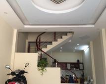 Bán nhà 2 tầng trong ngõ Lãm Hà 40m2 giá chỉ 830tr