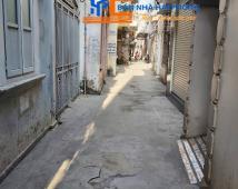 Bán nhà trong ngõ 270 Lê Lai