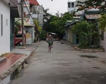 Bán đất thổ cư Khúc Thừa Dụ, đường rộng ngõ thông giá tốt. LH: 0936973283