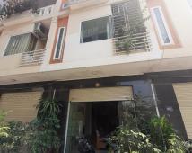 Bán nhà 3 tầng ngõ rộng Ngô Gia Tự, gần ngã 3 Văn Cao, Hải An, Hải Phòng.