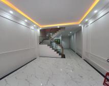Bán nhà 4 tầng xây mới tại đường Chùa Hàng - Gần Hồ Lâm Tường. Lh: 0979723335