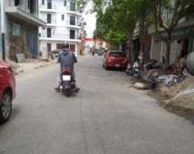Đất mặt đường phố đi bộ mặt tiền gần 6m giá 131tr /mét