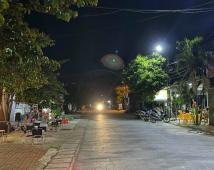 Bán 2 lô đất đẹp nhất mặt đường xã Kênh Giang. Diện tích 105m2
