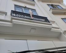 Chính chủ bán nhà 4 tầng ô tô cách 20m đường Nguyễn Tường Loan, Hoàng Minh Thảo.
