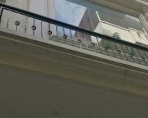 Bán nhà đường Lạch Tray 51m2 x 4 tầng ô tô đỗ trong nhà