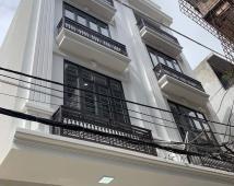 Bán nhà đường Văn Cao 70m2 4 tầng ô tô đậu cửa