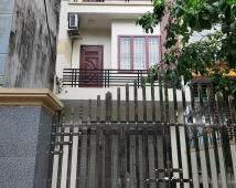 Bán nhà 4.5 tầng cực đẹp Phố Tây Văn Cao đang cho thuê 30tr/tháng