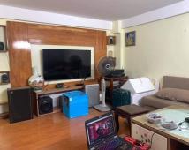 Chính chủ gửi bán căn nhà  mặt phố tại Hạ Lý,vị trí ngay mặt chợ vỉa hè 8m buôn bán kinh doanh cực tốt