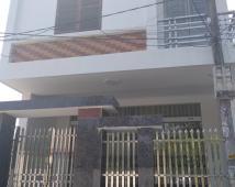 Cần bán nhà độc lập lô góc dân xây 2 tầng, Đặng Cương.
