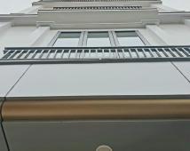 Nhà đẹp 3.5 tầng 48.5m2 ngõ 279 Đà Nẵng