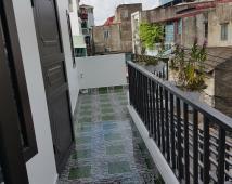 Hàng kịch độc, chính chủ bán nhà mặt ngõ 279 Đà Nẵng. Cách mặt đường 60m. Giá 1,4 tỷ. LH: 0906 111 599