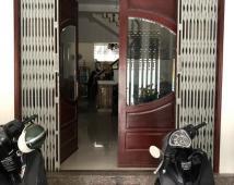 Bán nhà đường Đình Đông, ngõ rộng 5m sạch đẹp.