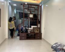 Bán nhà ngõ 128 Tôn Đức Thắng (cafe Tom đi vào). 37m2. Sổ Hồng. Oto đỗ cửa.