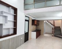Bán nhà đẹp 2,5 tầng ngõ 89 Tôn Đức Thắng, 50m2 giá 1,6 tỷ. LH: 0906 111 599