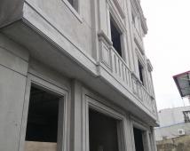 Bán nhà mặt đường Đông Khê ô tô đỗ cách nhà 10m 3 tầng