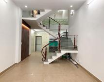 - Bán nhà 4,5 tầng ngõ nông : - Nguyễn Hữu Tuệ - Gia Viên - Ngô Quyền - Hải Phòng -