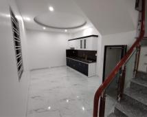 Bán nhà lô góc 3 tầng mới tinh tại ngõ 430 Trần Nguyên Hãn. Giá 2.15 tỷ. Sổ Hồng