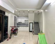 - Bán nhà 3 tầng mới hoàn thiện : - Đà Nẵng - Cầu Tre - Ngô Quyền - Hải Phòng -