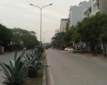 Bán nhà mặt đường đôi Lô 22 Lê Hồng Phong, vị trí đẹp, đất vuông vắn, mặt tiền rộng