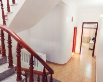 Bán nhà 3 tầng 72m2, oto đỗ cửa, sổ hồng chính chủ.