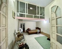 + Bán nhà 1,5 tầng có sân cổng riêng : + Miếu Hai Xã - Dư Hàng - Lê Chân - Hải Phòng