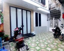 Bán nhà trung tâm phố Lạch Tray, Lê Chân, 40m2, 3 tầng