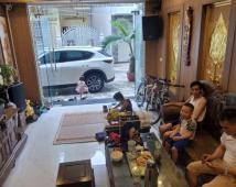 Siêu phẩm Siêu Hot  nhà 4 tầng trong ngõ Chợ Hàng  buôn bán sầm uất mà giá lại yêu thương :lh 0947254288