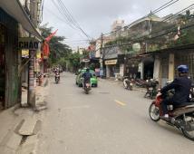 Bán nhà mặt đường Chợ Hàng, ngay gần ngã tư Hồ Sen - Cầu rào 2. Mặt tiền đẹp